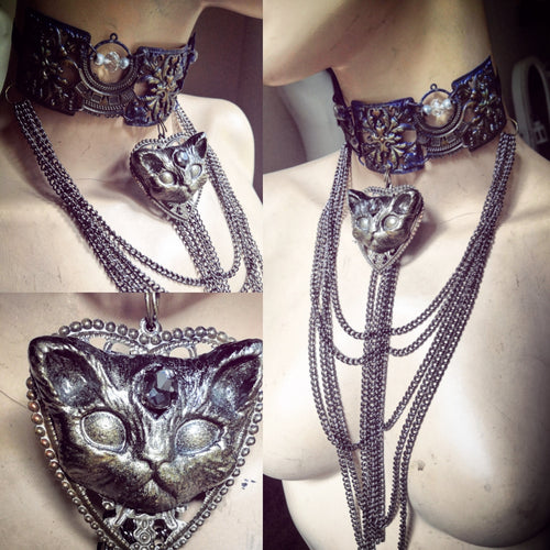 Long chainy necklace