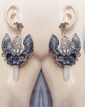 Load image into Gallery viewer, Vampire bat's earrings