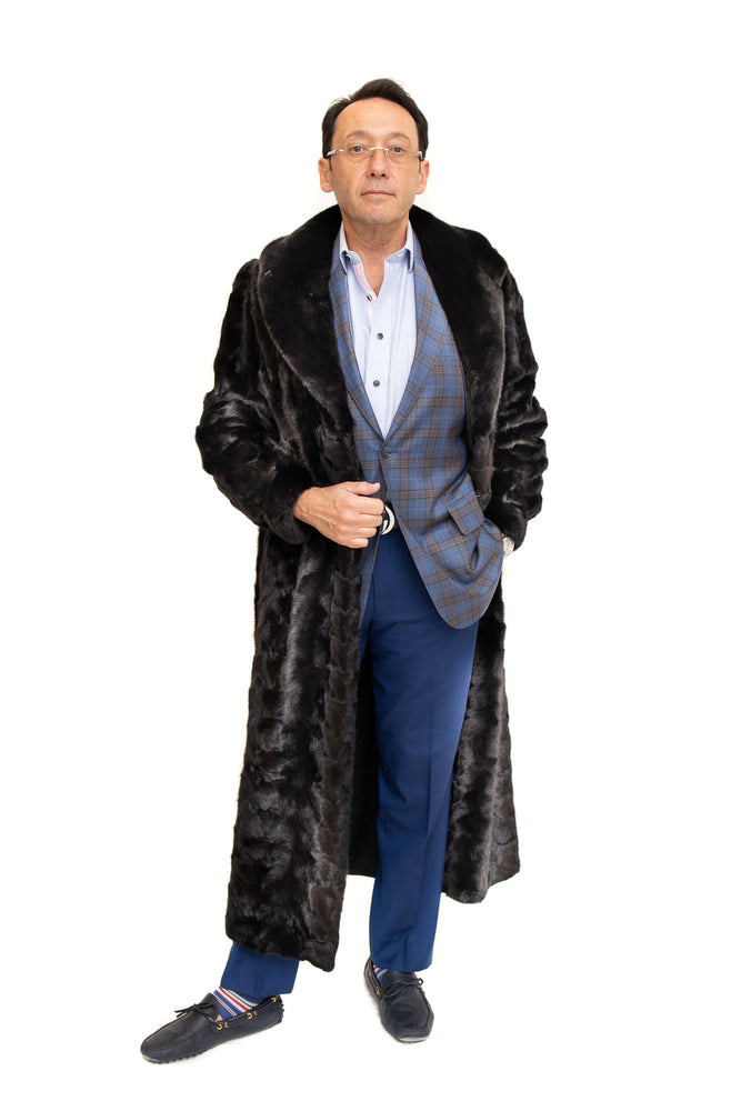 Natural Mahogany Mink Fur Paw Coat with Full Skin Collar and Cuffs