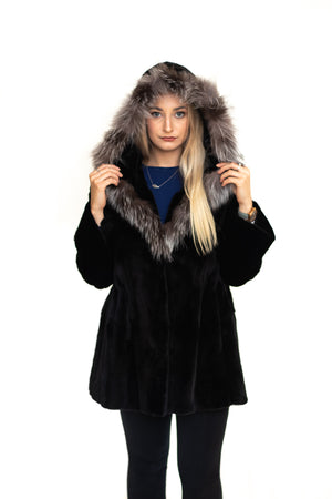 Load image into Gallery viewer, fur coat