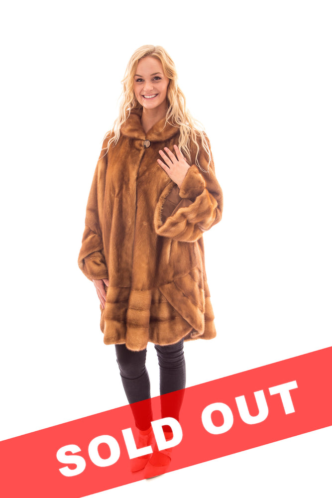 Load image into Gallery viewer, Whisky Mink Directional Mink Coat