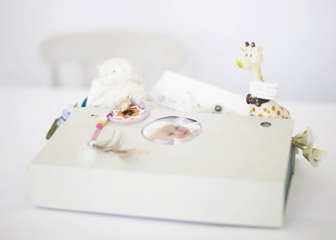 KEEPSAKE & GIFTBOX