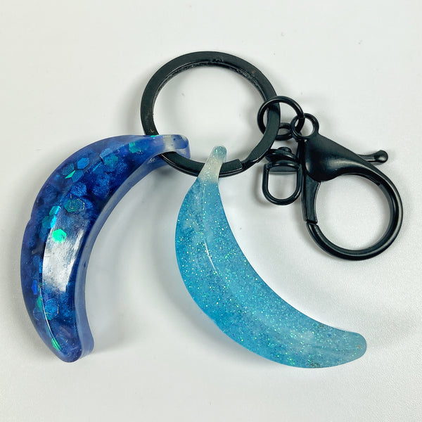 The Blues Double Bananas Resin Keyring top view