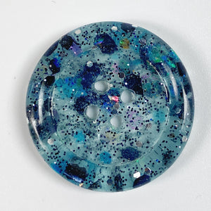 Piebald Blue Rimmed Button, Front View