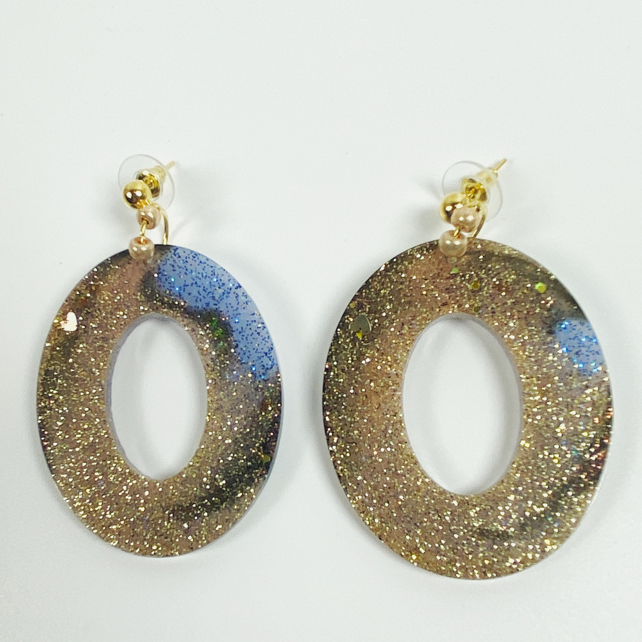 French Blue in Tortoise Glitter Resin Hoop Earrings
