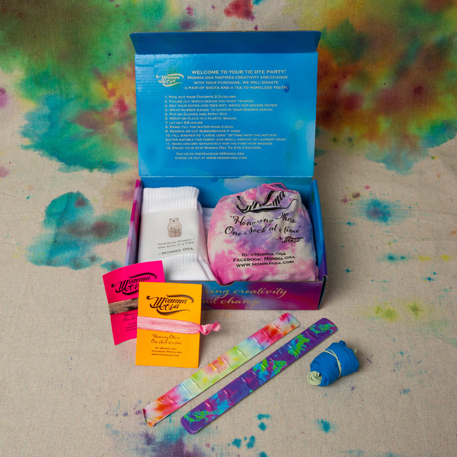 ROYAL RAINBOW COLLECTION       Tie Dye Activity Kit