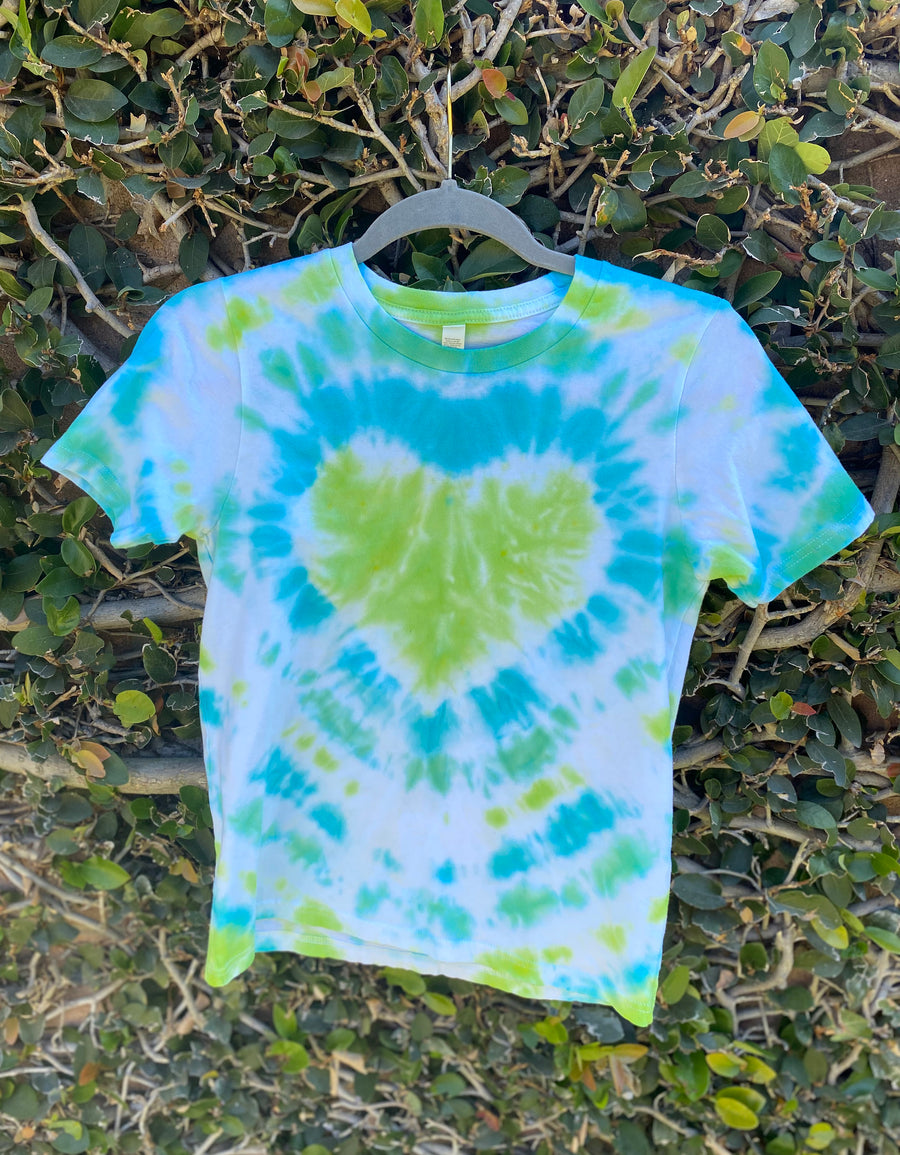 ADVENTURE COLLECTION                                                         Tie Dye Activity Kit