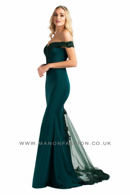 Off shoulder dark green slimfit dress