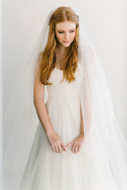 Hayley veil Try-On