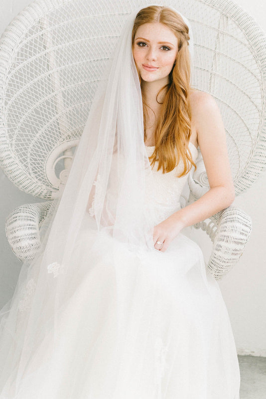 Ethereal bridal veil with delicate French lace details | Sara Gabriel