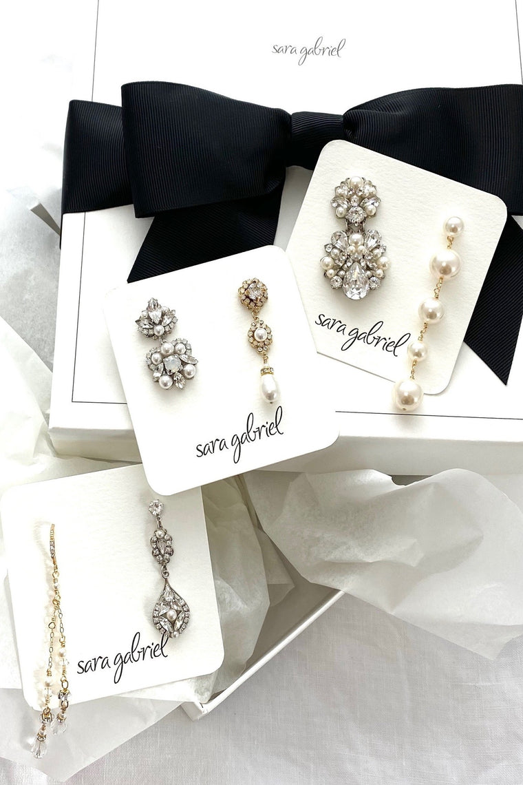 Earrings Try-On Box: Pearl Favorites!