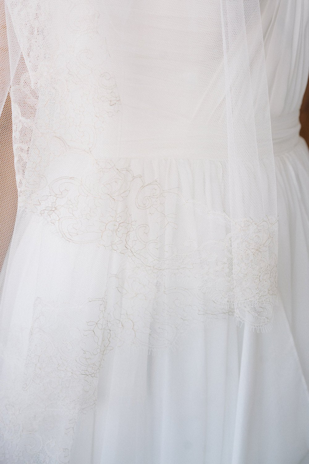 Gold lace trim fingertip bridal veil | Sara Gabriel