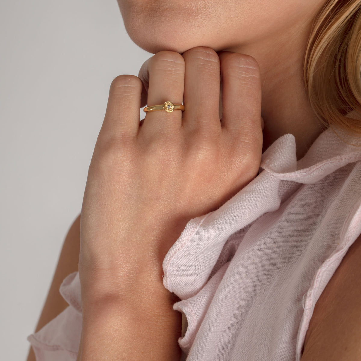 MODERN PAVE Small Ring in Gold