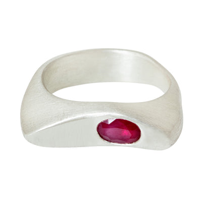 CELEBRATION RINGS Vision I Ring with Ruby in Silver