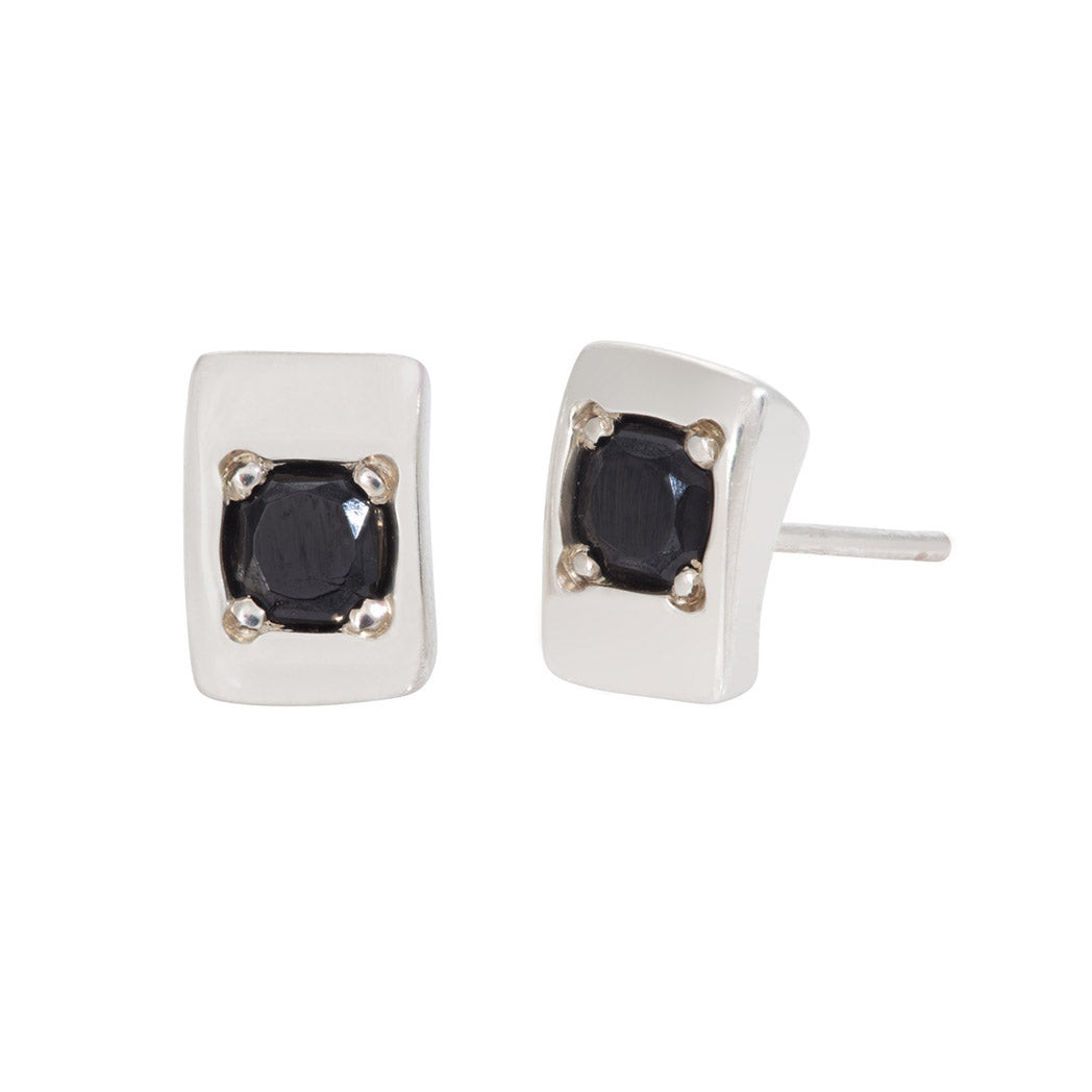 CONNECTIONS Small Stud Earrings in Silver with Black Spinel