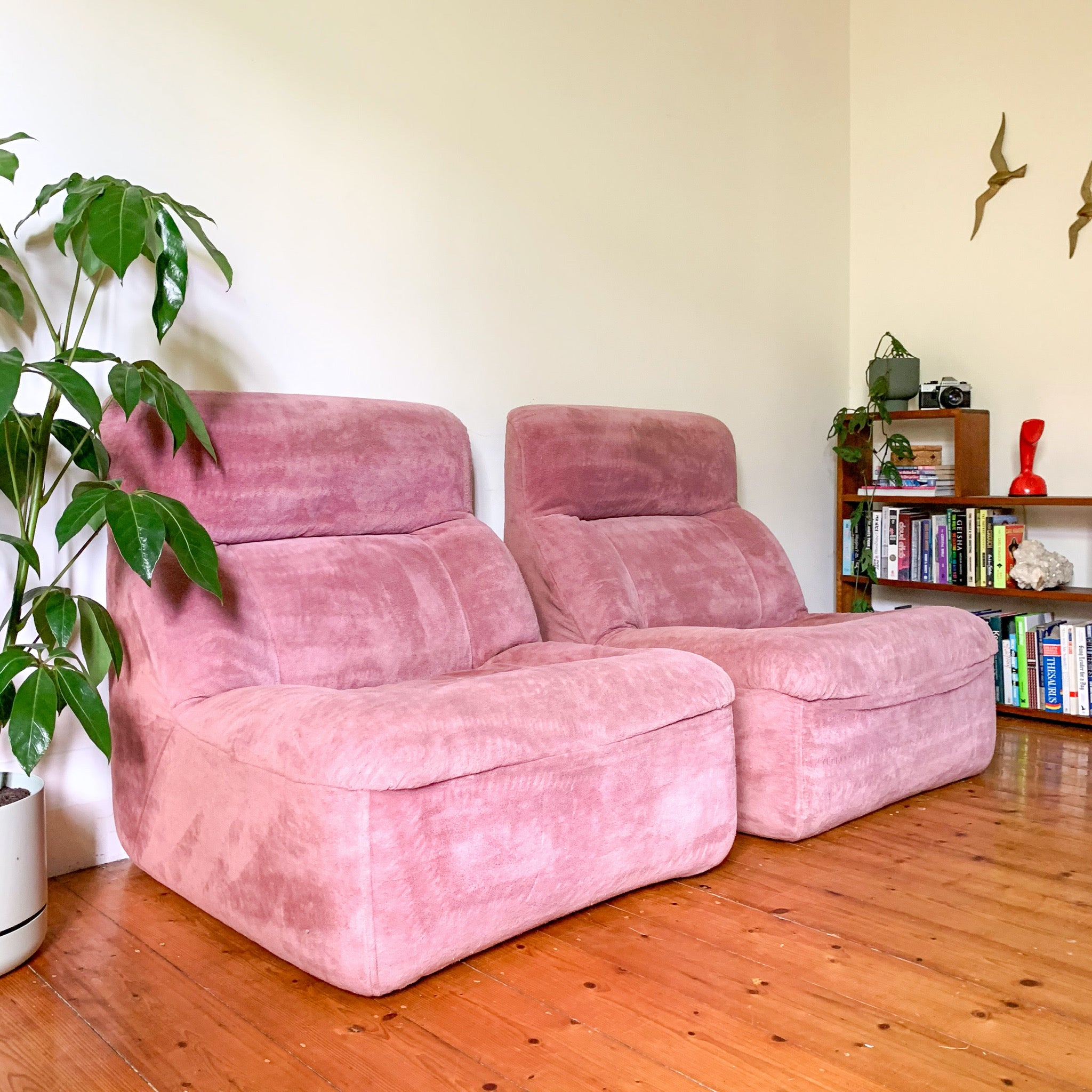 UNIROYAL MODULAR CHAIRS BUBBLEGUM PINK - HEY JUDE WORKSHOP • Vintage furniture & wares.