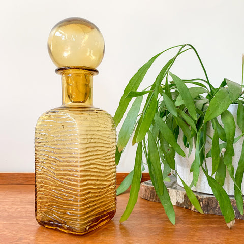 AMBER GLASS DECANTER - HEY JUDE WORKSHOP • Vintage furniture & wares.