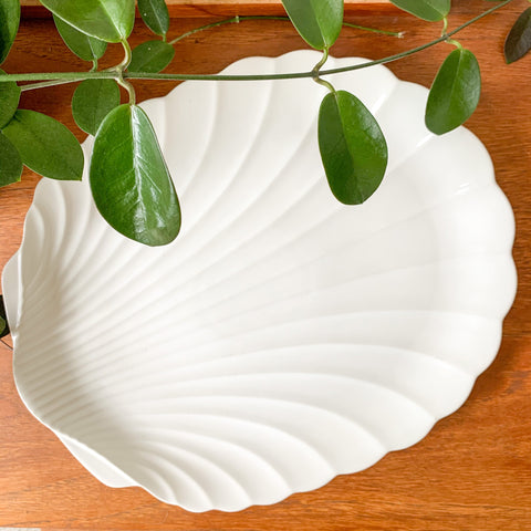 JAPANESE CERAMIC SHELL PLATTER - HEY JUDE WORKSHOP • Vintage furniture & wares.