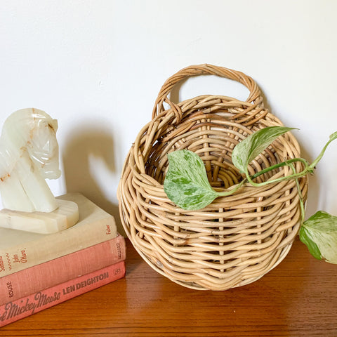 RATTAN WALL BASKET - HEY JUDE WORKSHOP • Vintage furniture & wares.