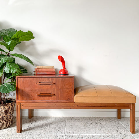 GAINSBOROUGH TELEPHONE TABLE - HEY JUDE WORKSHOP • Vintage furniture & wares.