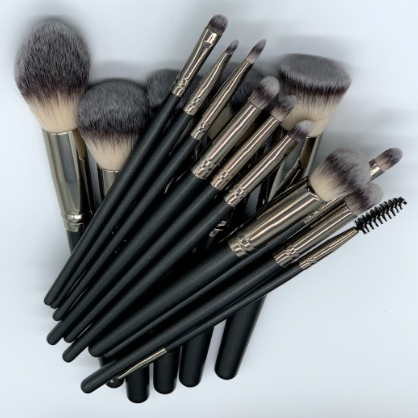Kandy Holy Grail Brush Set