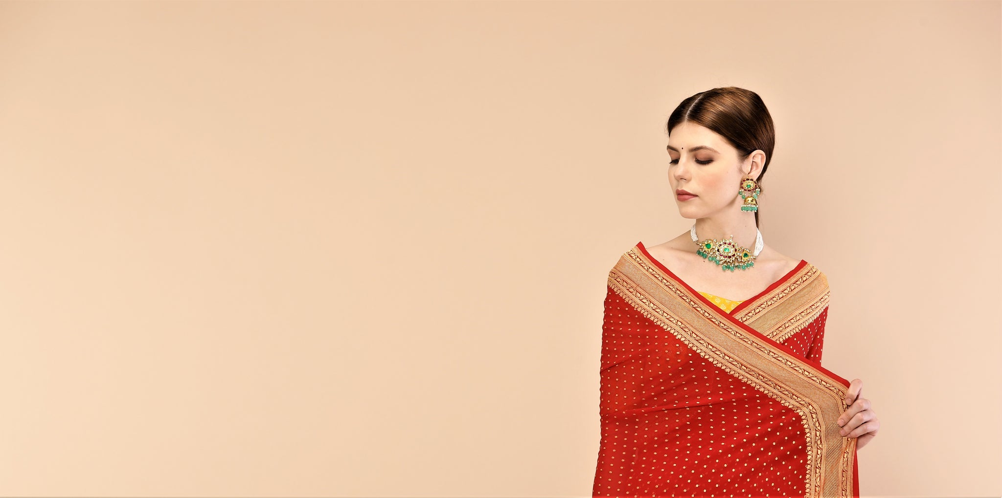 Tis the season of weddings! Tis the season for a Banarasi saree!