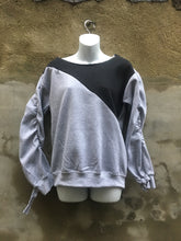 Load image into Gallery viewer, Pull-over scoop-neck invisible zipper embellished color block strip sweatshirt