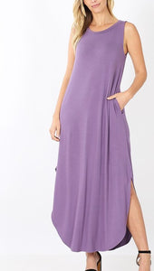 Sleeveless Round Neck Maxi Dress with side slits and pockets