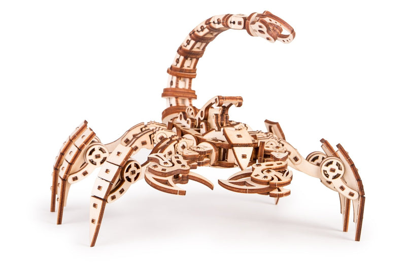 Time_for_machine_-_Wooden_construction_toys_-_Scorpio_model