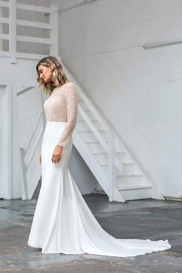 The Elin Wedding Dress With Sleeves