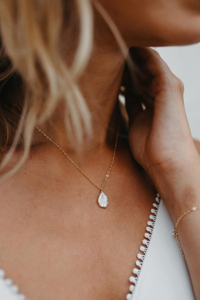 Zoey Gold Pearl Drop Wedding Necklace