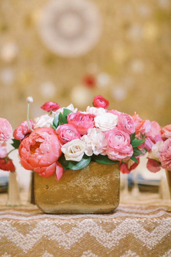Gold Wedding Details Ideas To Admire