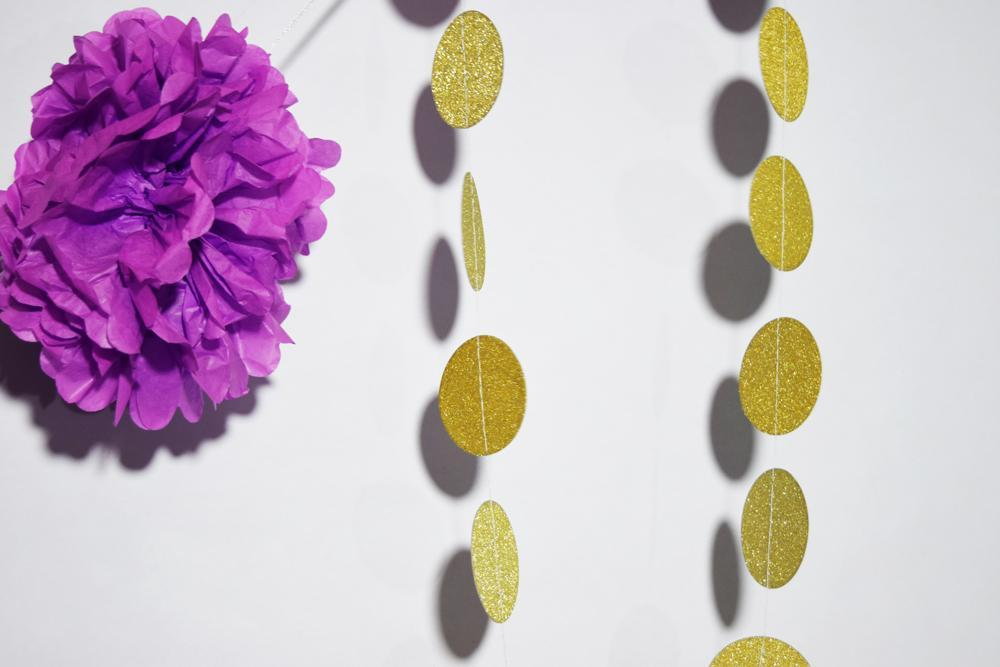 Gold Glitter Round Circle Paper Garland Banner (10FT) - PaperLanternStore.com - Paper Lanterns, Decor, Party Lights & More