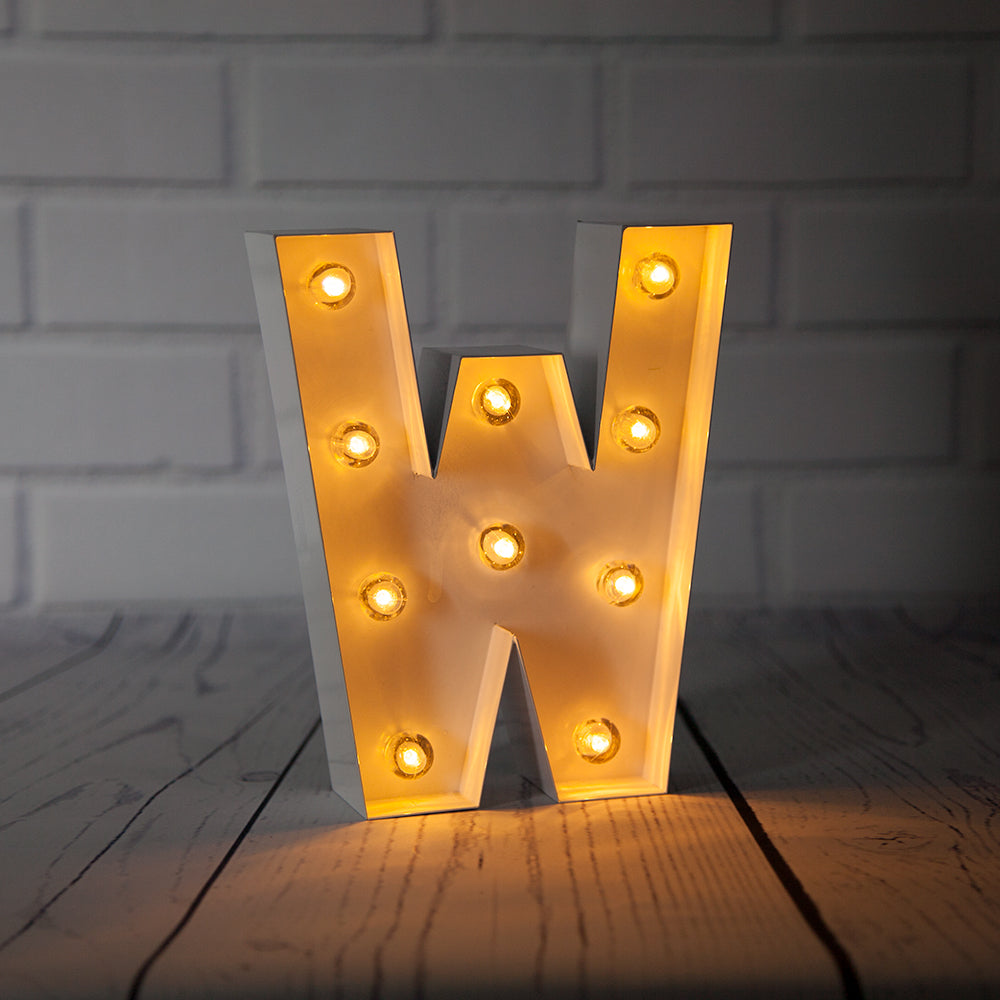 BLOWOUT White Marquee Light Letter 'W' LED Metal Sign (8 Inch, Battery Operated w/ Timer)