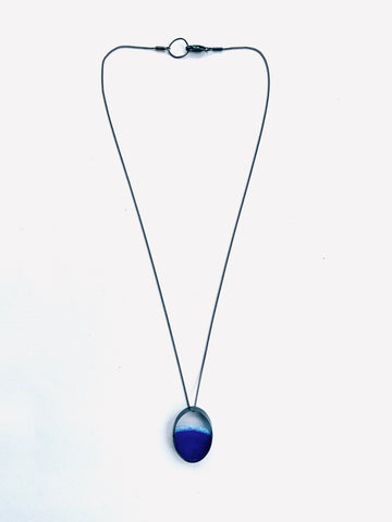 Oval Dust Pendant (Small) Blue