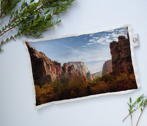Heat Pad | The US National Parks: Zion 9949 - Lemonee on the Hills