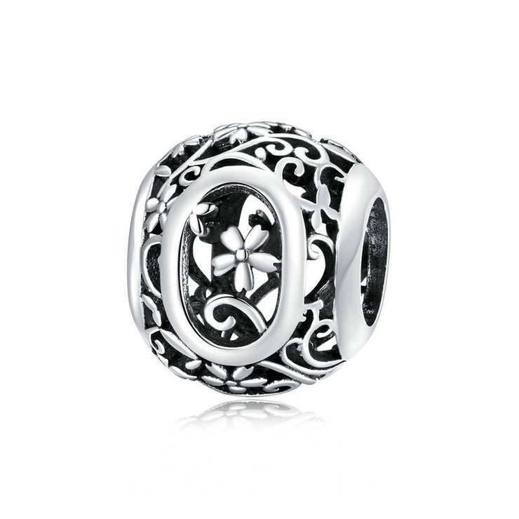 Hollow Letter O Retro Pattern Charm Bead