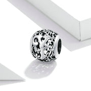 Hollow Letter Y Retro Pattern Charm Bead