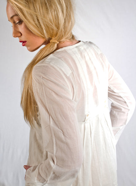 April Top, woven women's organic cotton blouse. Fair-trade made.