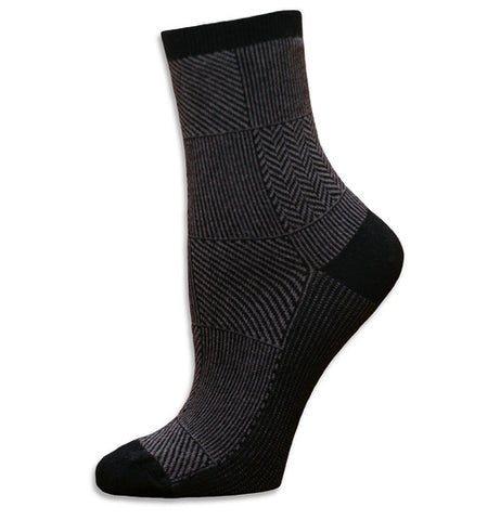 Unisex - Trouser Socks - Organic Cotton in Black or Eggplant