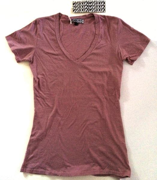 Women's Vee Organic Cotton in Fig, by Groceries Apparel