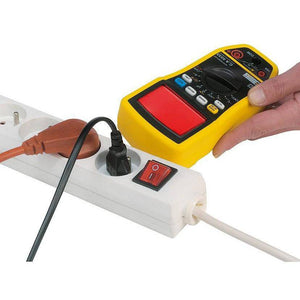 Digital multimeter in-built voltage detector