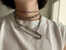 Load image into Gallery viewer, The Simple Safety Pin Necklace