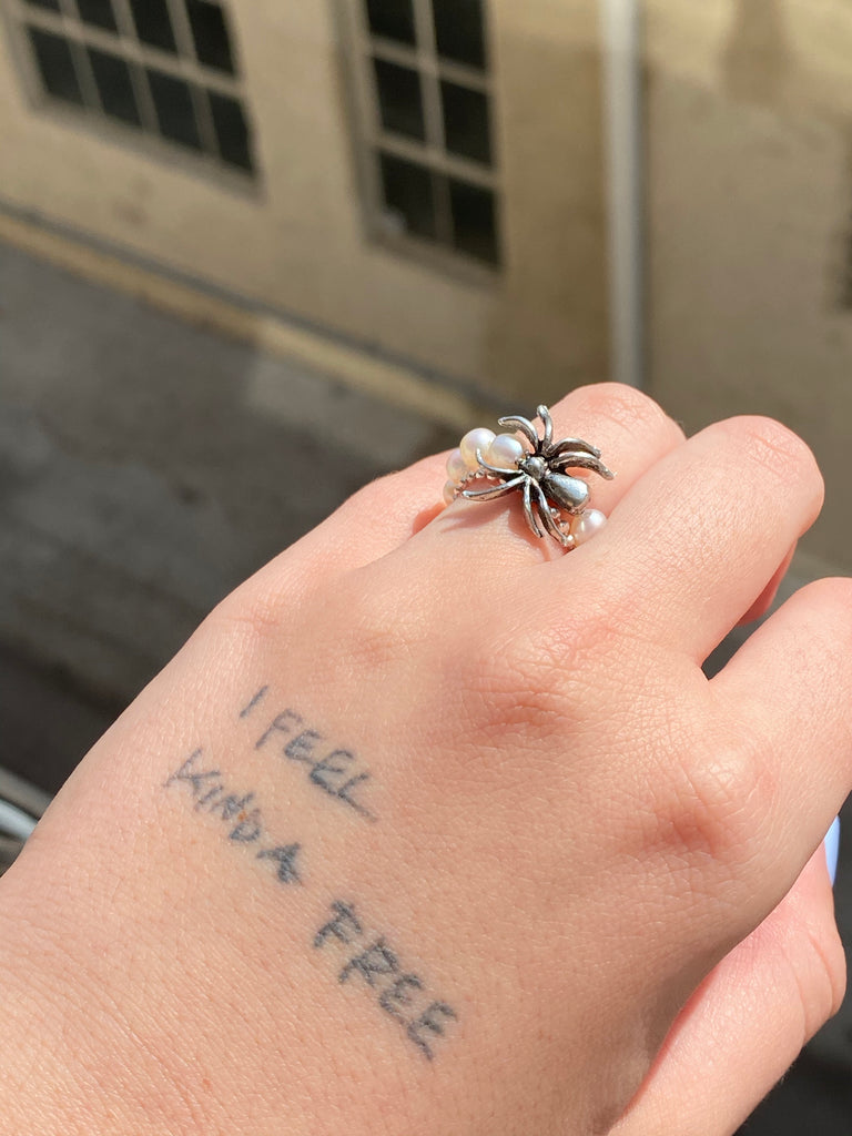 The Pearly Spider Ring