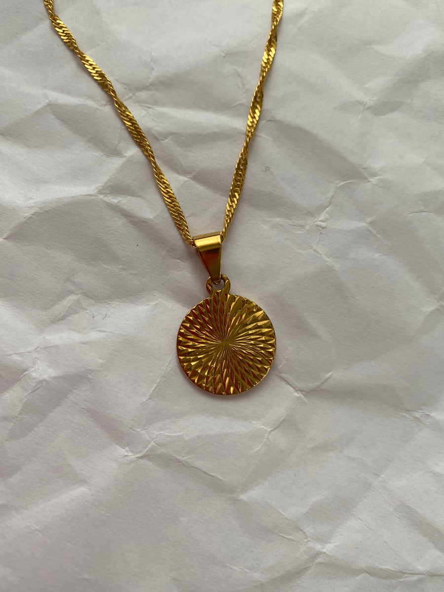 Gold Geometric Marny Pendant Necklace