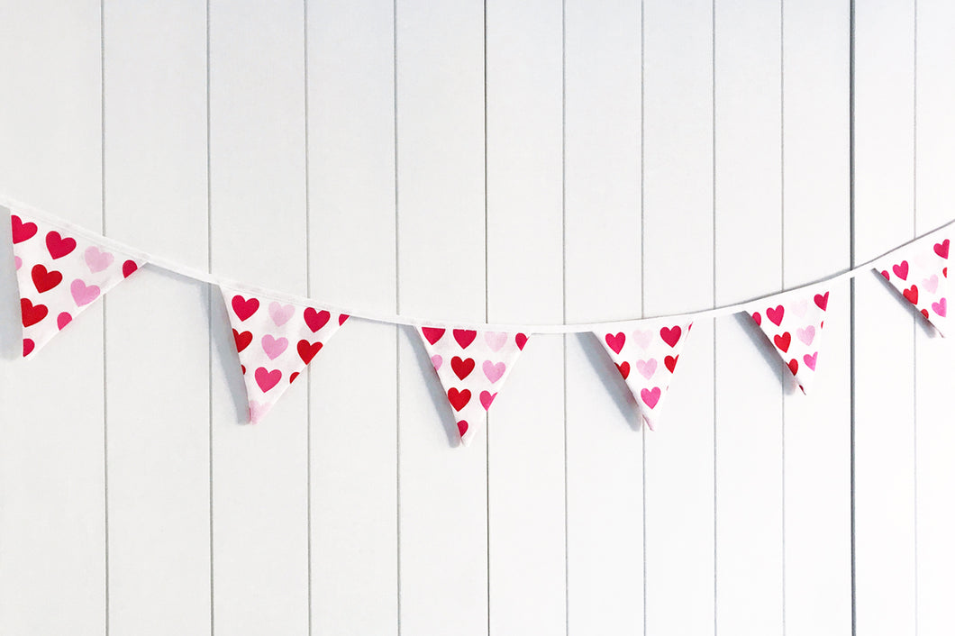 Sew Your Own Mini Bunting Kit - Valentine Hearts