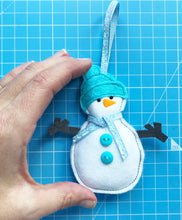 Load image into Gallery viewer, Christmas Snowman Decoration