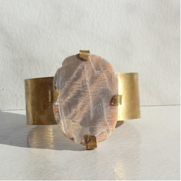 THE GEM AND BRASS CUFF ROSE MOONSTONE