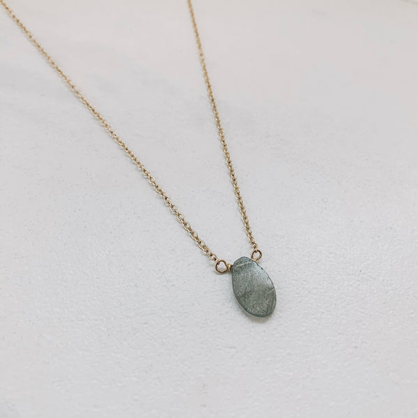 SLAB NECKLACE: LABRADORITE