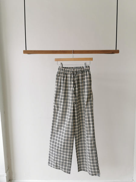 Checker pants